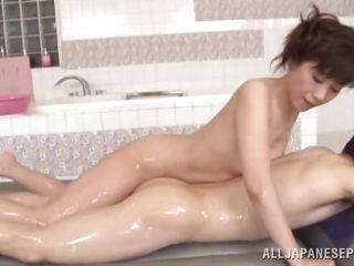 Порно массаж со зрелыми